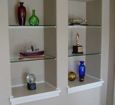 Looking glass company for Decorating ideas for living room wall niche